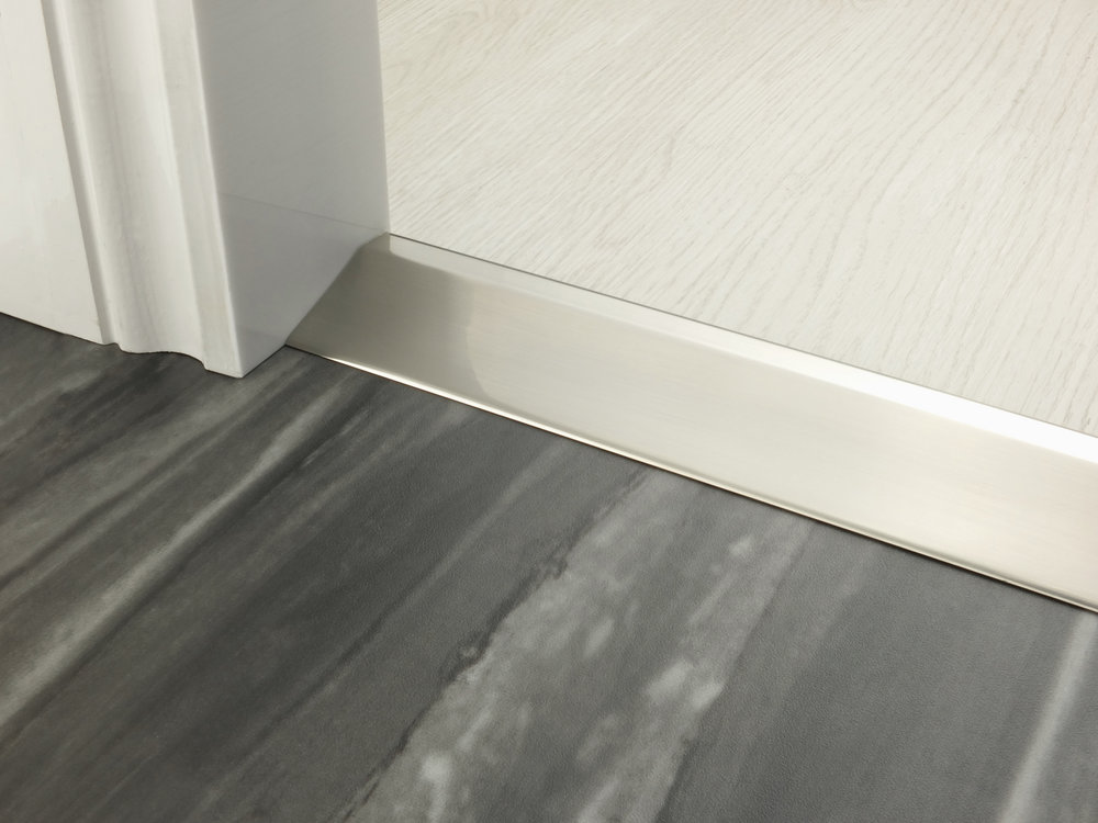 stairrods-doorbar-satin-nickel-20mm-ramp.jpg