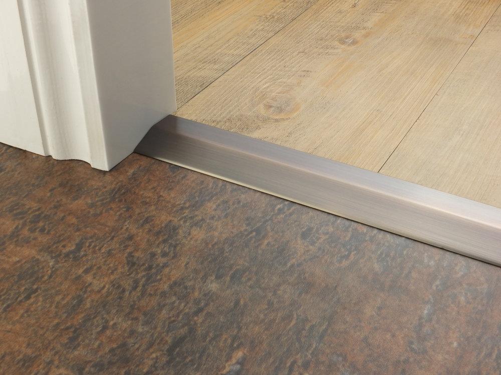 stairrods-doorbar-bronze-two-way-ramp-8-9mm.jpg