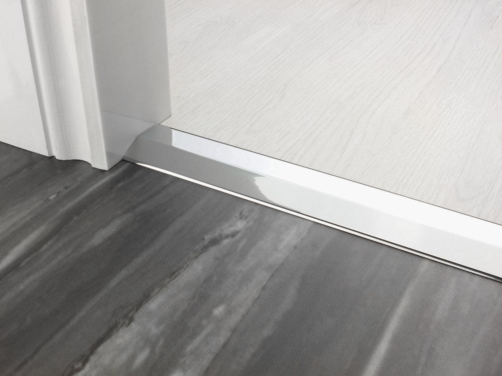 stairrods-doorbar-chrome-two-way-ramp-8-9mm.jpg