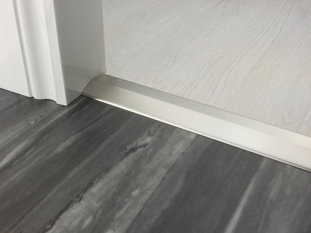 stairrods-doorbar-satin-nickel-two-way-ramp-8-9mm.jpg