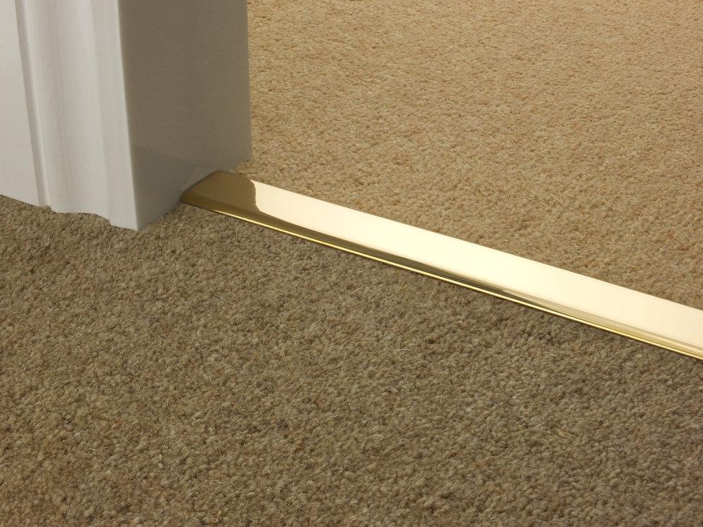 door_bar_brass_doublez_carpet_carpet.jpg