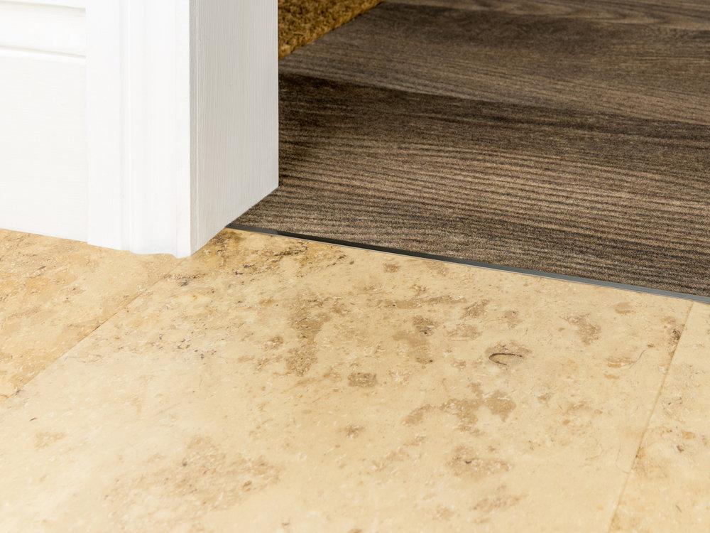 stairrods-bronze-divider-CTH.jpg
