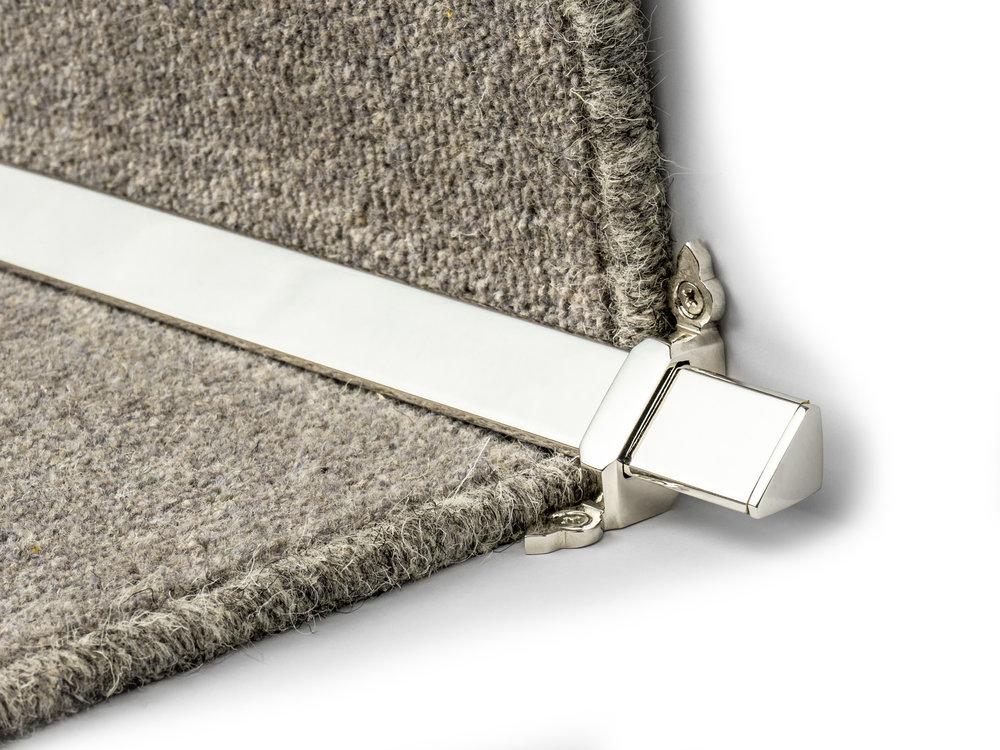 stairrods-polished-nickel-royale-vue 1.jpg