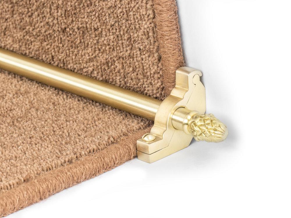 stairrods-satin-brass-sherwood-plain4.jpg