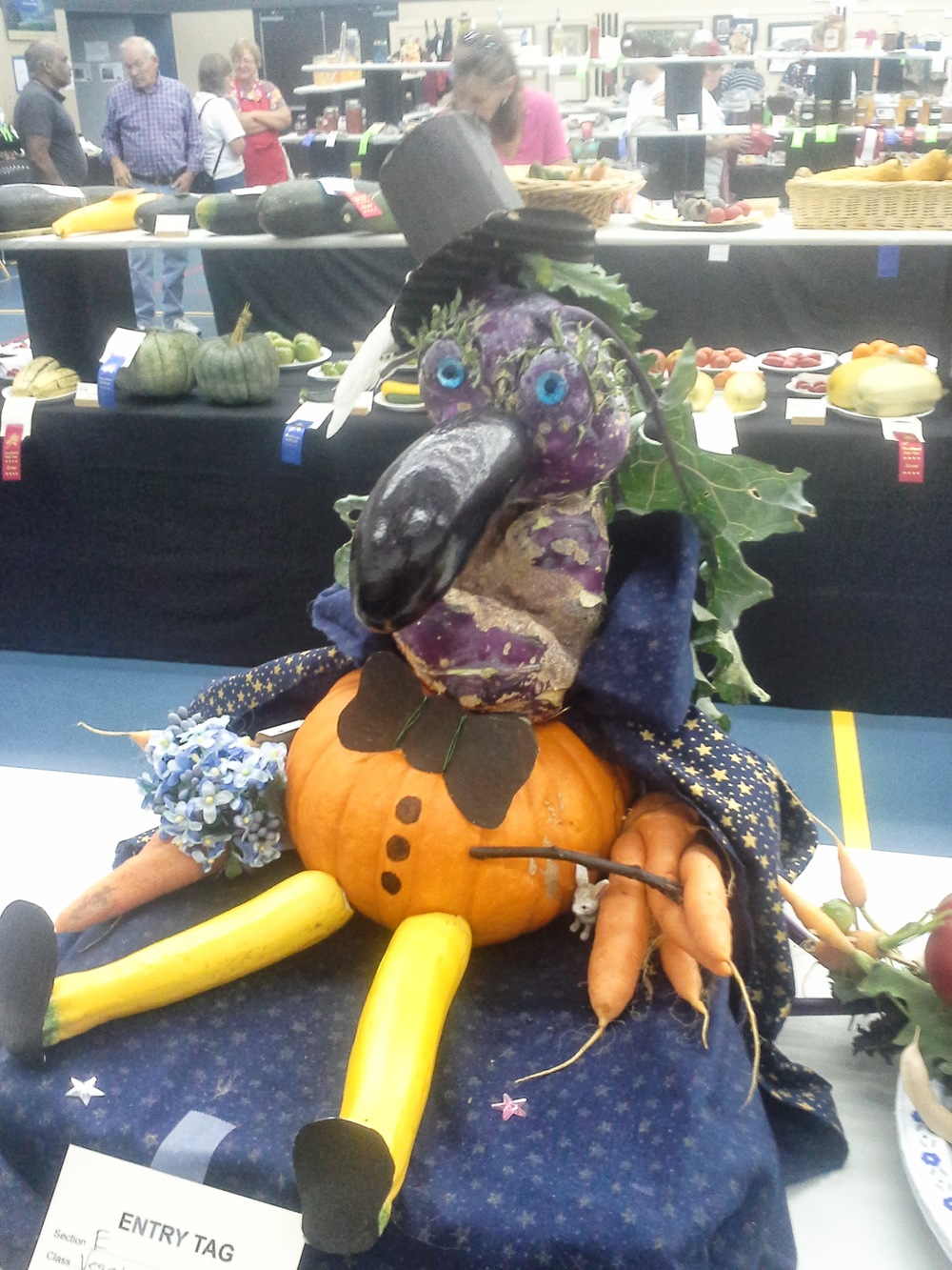 Harry Zucchini...The Homestead's winning entry in the veggie creature category at the fall fair. Lucy and Sam outdid themselves.