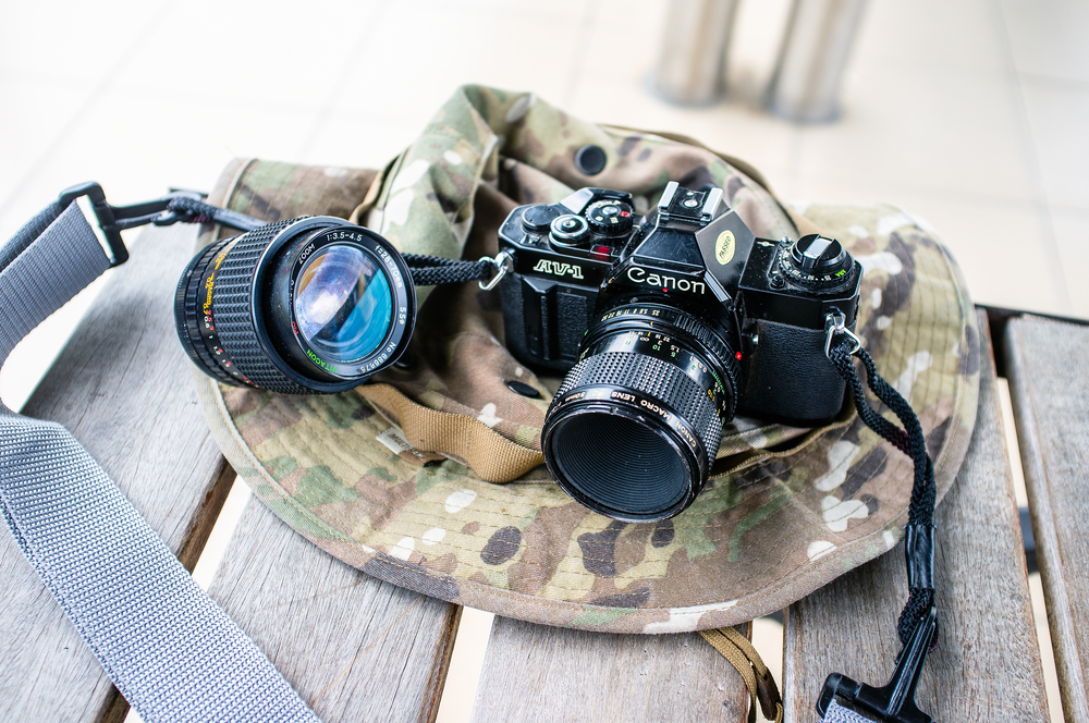 Canon AV-1 in Batu.jpg