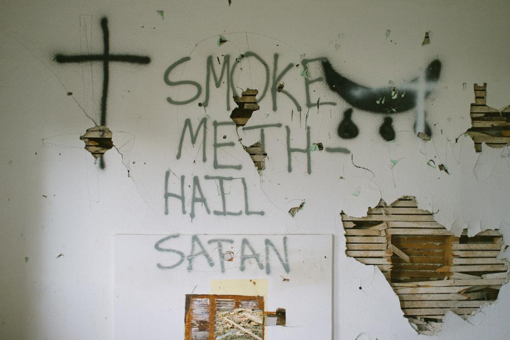 SMOKE METH HAIL SATAN.jpg