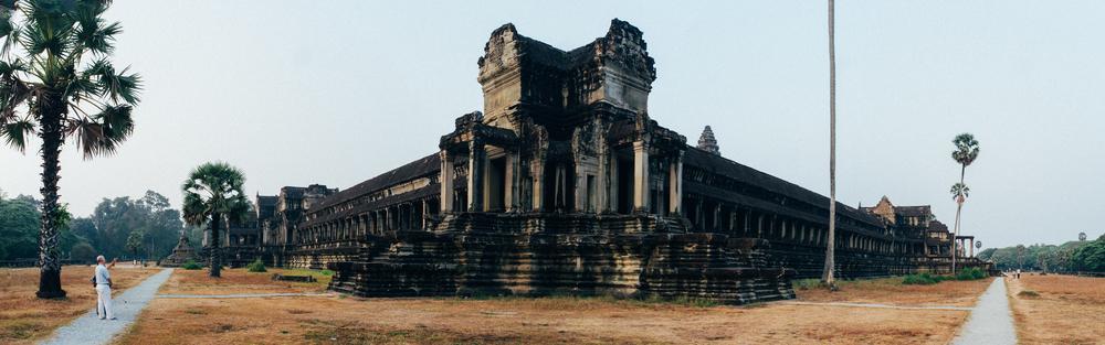 Cambodia Ankor Wat Pano.jpg