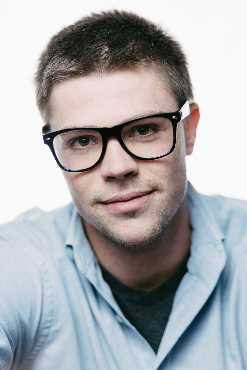 Rob Ankarlo Glasses Headshot.jpg