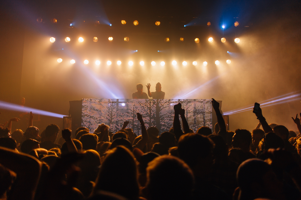 Chainsmokers Stage.jpg