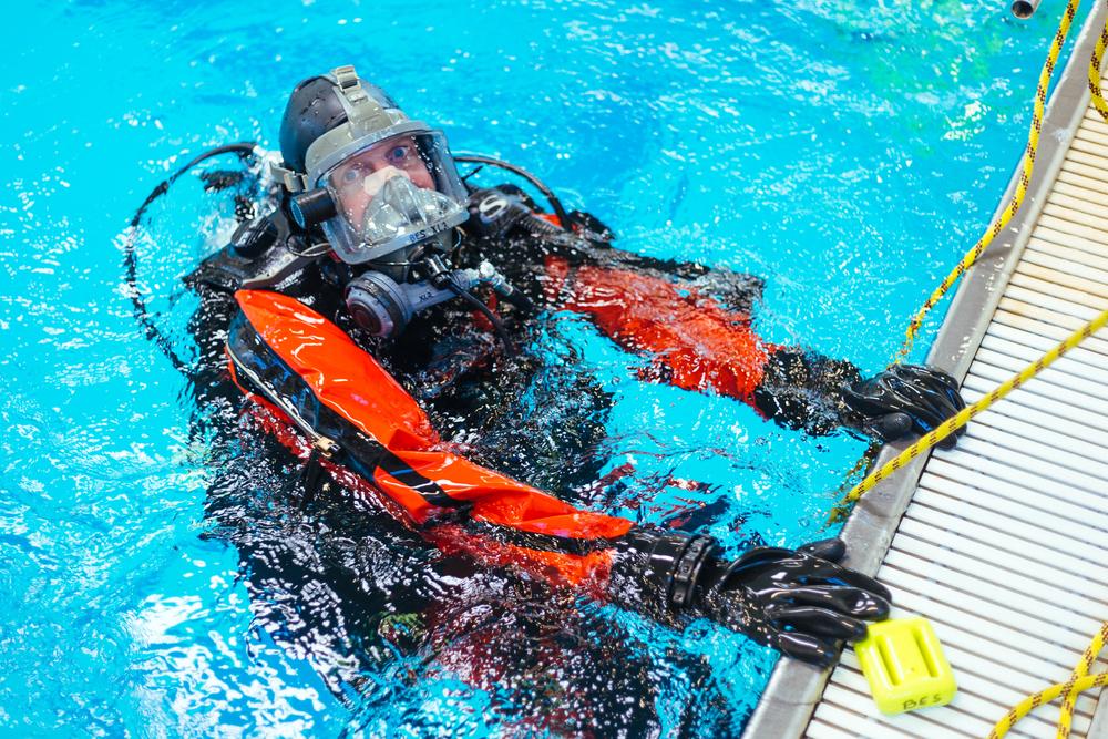 BES Dive Pool Practice Paul.jpg