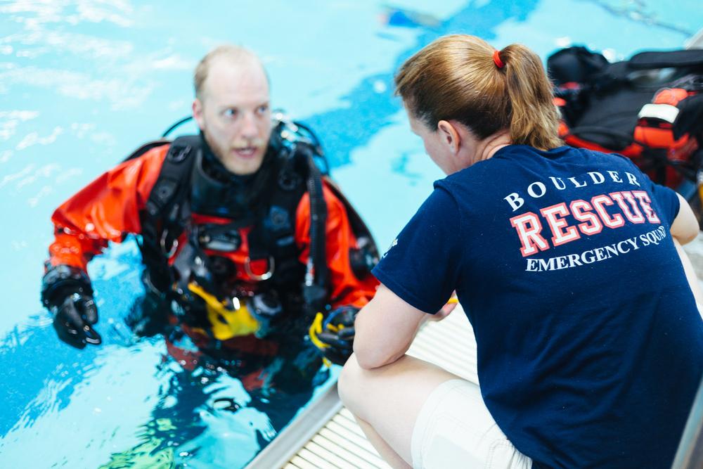 BES Dive Pool Practice Pam-Walker 2.jpg