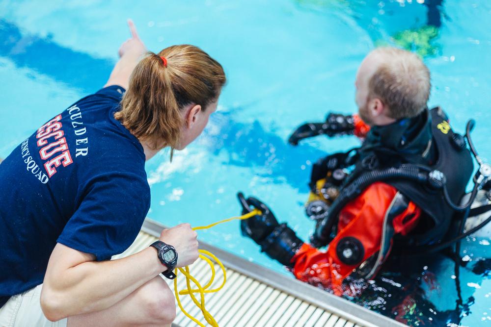BES Dive Pool Practice Pam-Walker.jpg