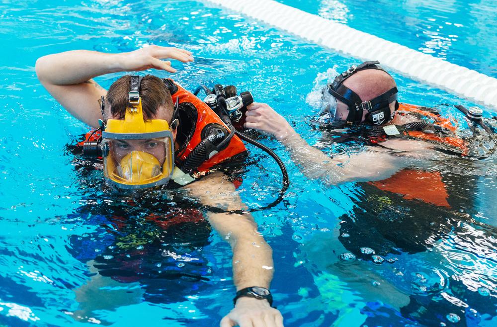 BES Dive Pool Practice Lucas-Jeremy.jpg