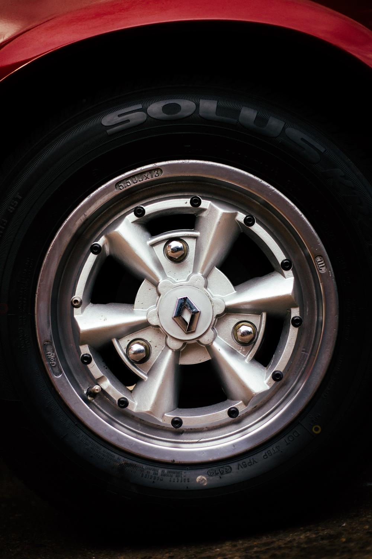 Renault 17 Wheel.jpg