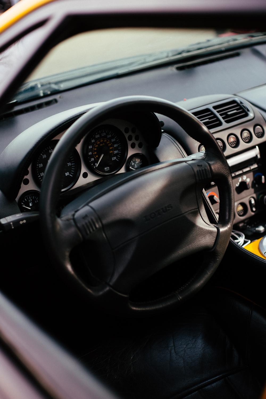 Lotus Esprit Fifth Gen - Interior 2.jpg