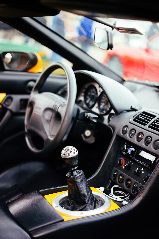 Lotus Esprit Fifth Gen - Interior 1.jpg