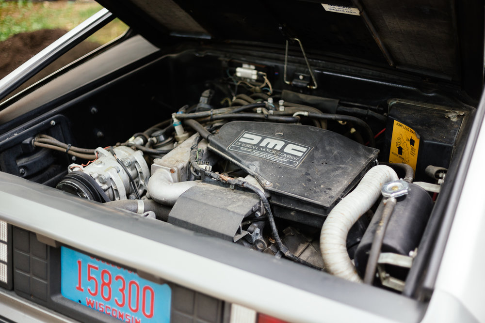 DeLorean - Engine.jpg