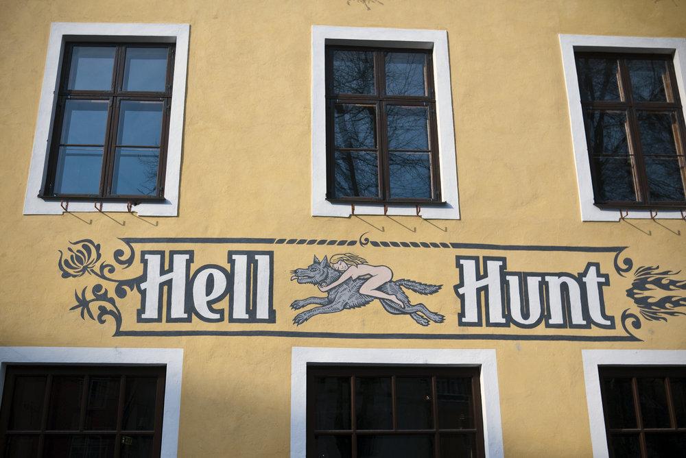 HellHunt.jpg