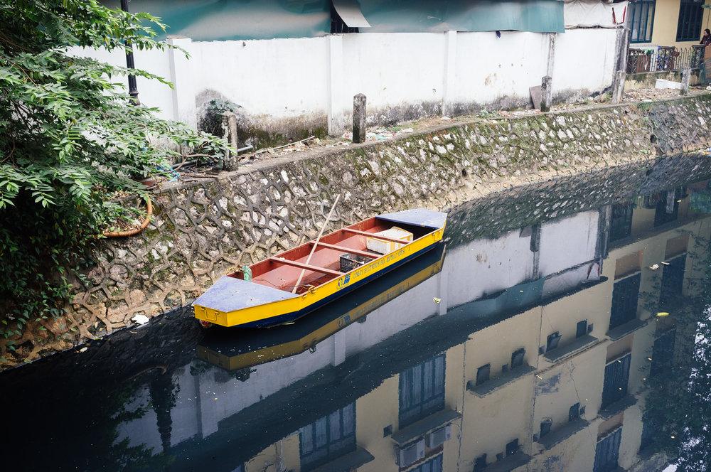 Hanoi Boat.jpg