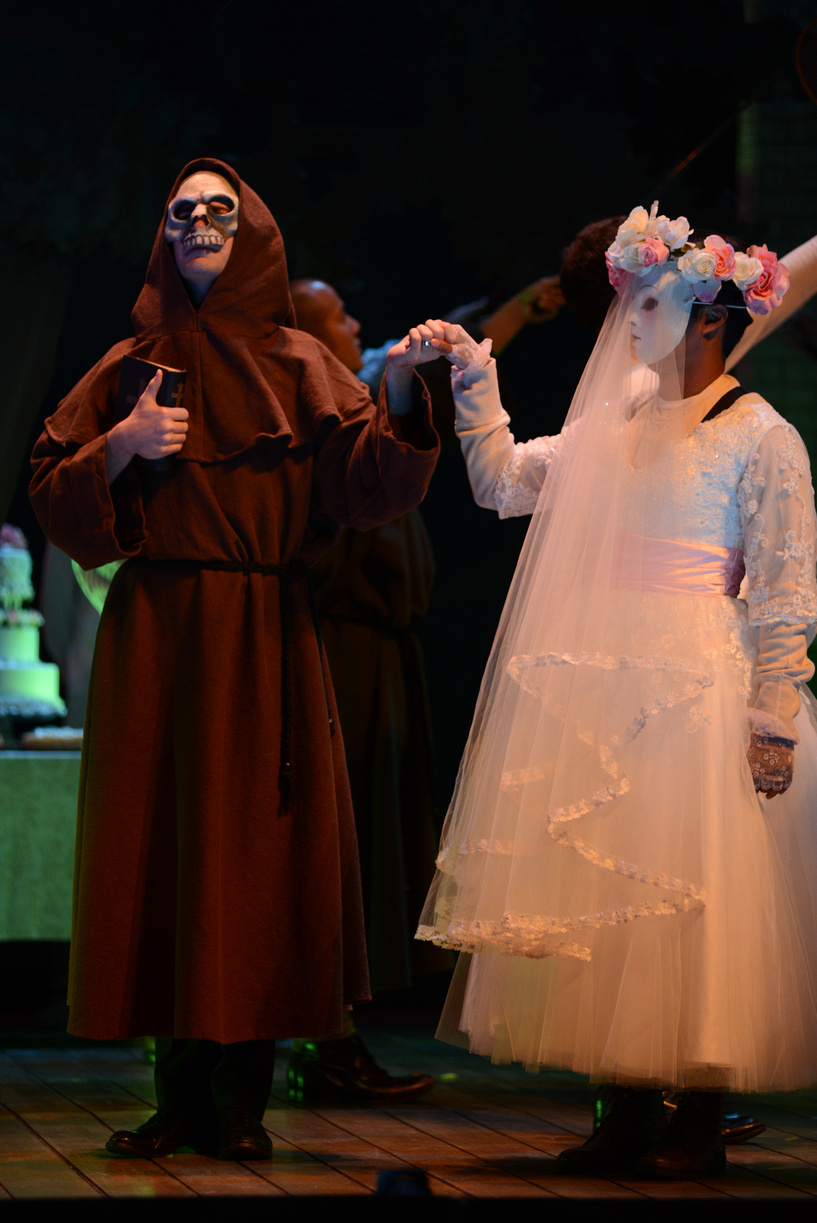 Va Opera Falstaff 9-24-13 Photo Cr DAVID A. BELOFF 803-(ZF-5707-46654-1-009).jpg