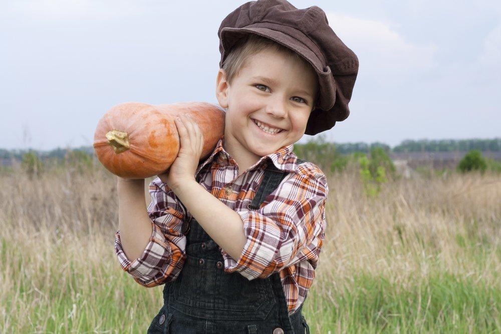 boy harvest gourd.jpg