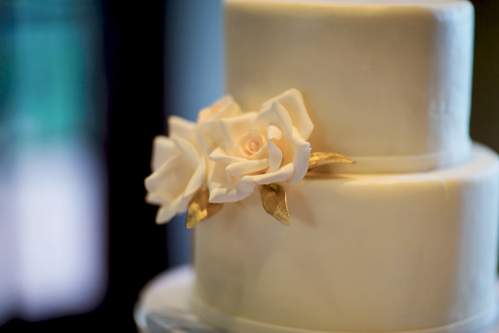 fondant with sugar rose and edible gold leaf credit:  Sara Renee Photography