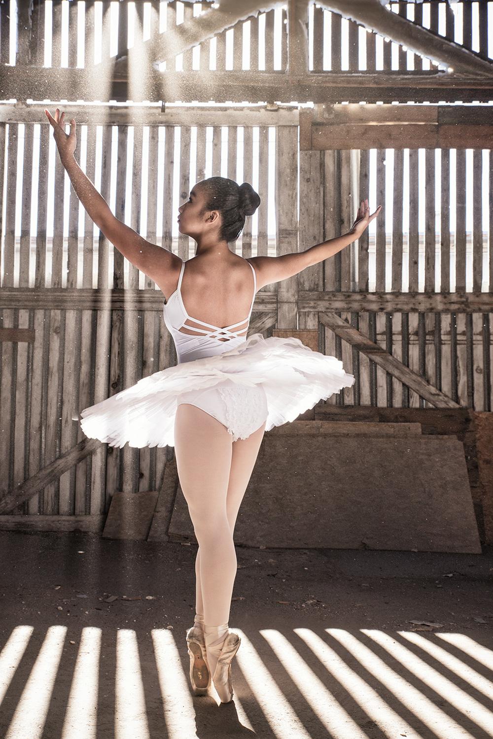 Ballet_Dancer_Industrial_Sun_2