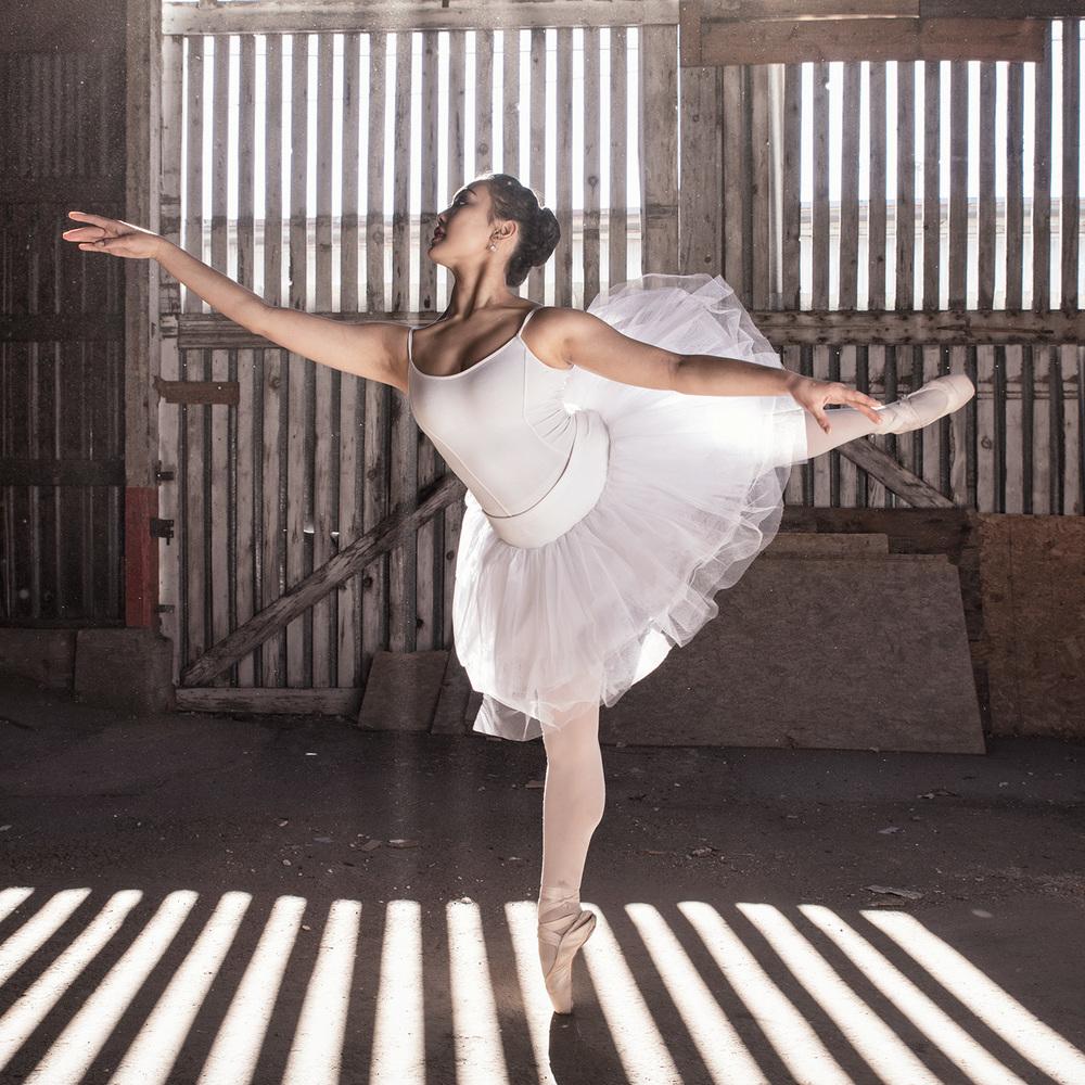 Ballet_Dancer_Industrial_Sun_3