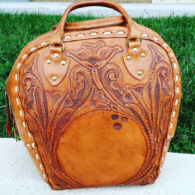 This Fabulous bag is available @malondastreasures.  #fabulous #swag #swagger #fashionblogger #stylefiles #beautiful #emmanuellekhanh #ek #vintage #ilovevintage #oldschool #instastore #instashop #designerforless #discountdesigner #fashion #bold #livelife #bowlingbag