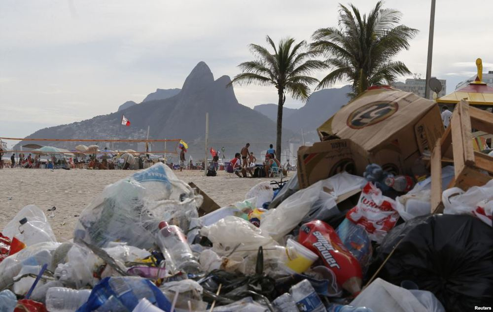 Image of Ipanema beach with trash. Source: Reuters
