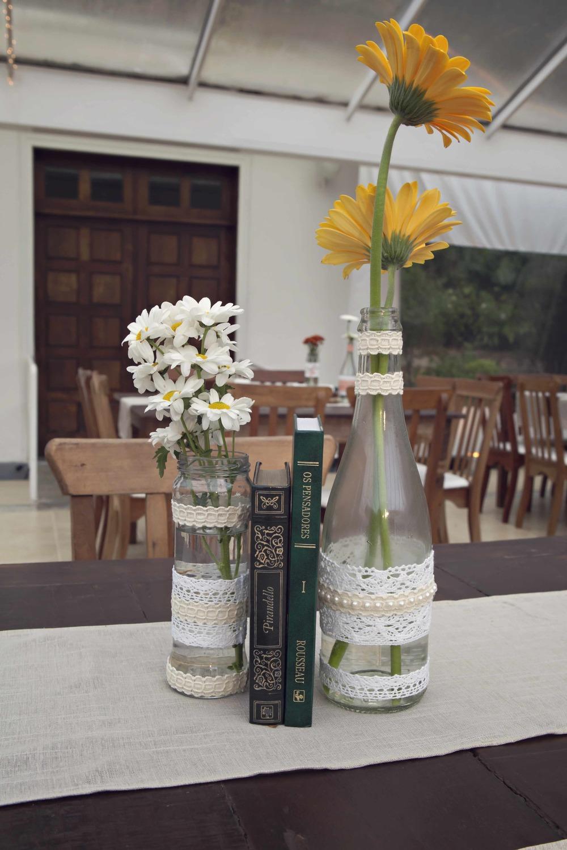 3 vidro, flor e livro 6.jpg