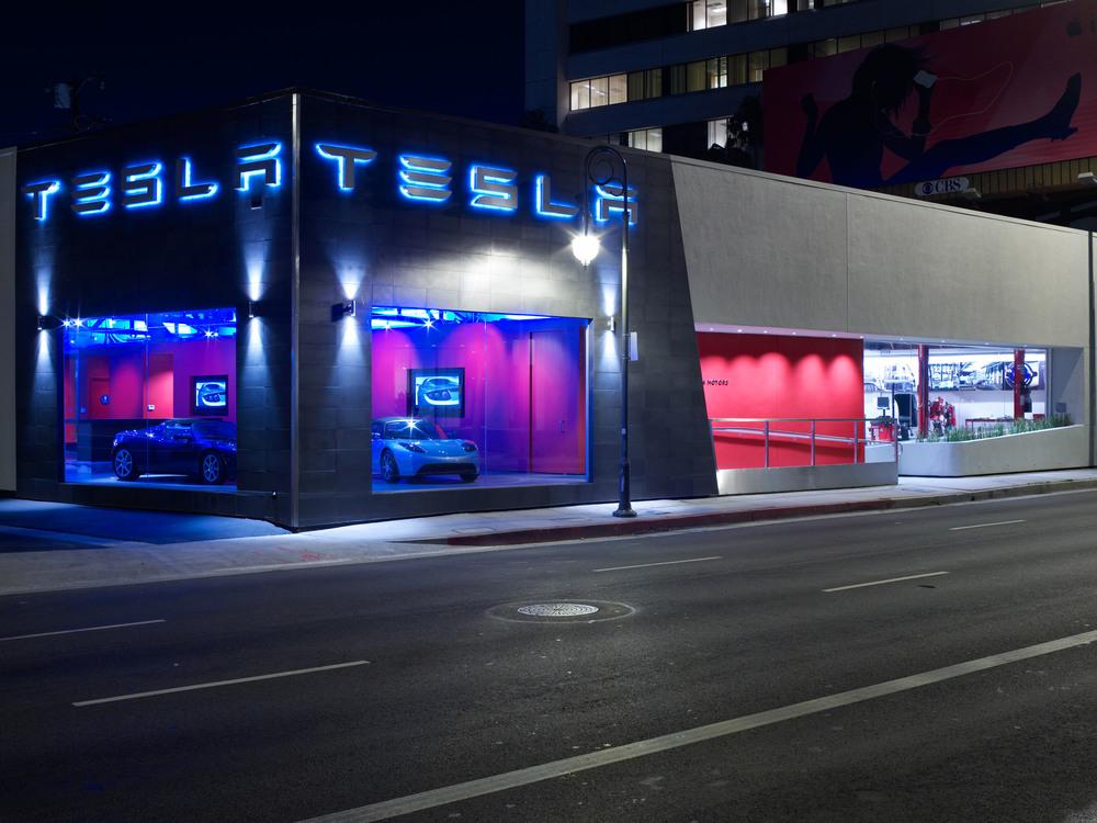 Tesla LA (6).jpg