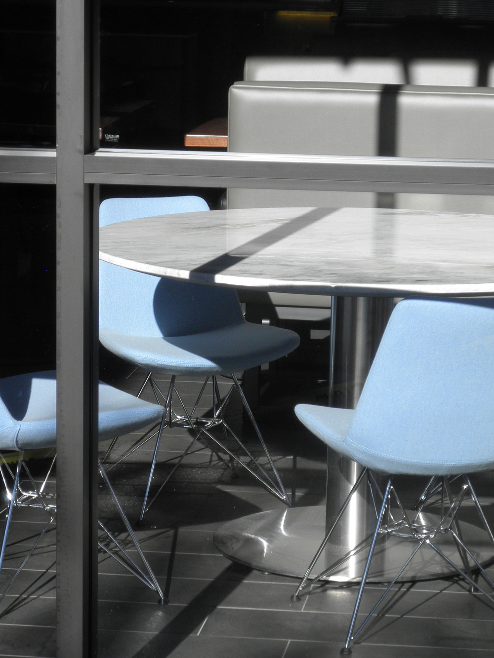 Round Table cropt 02.jpg