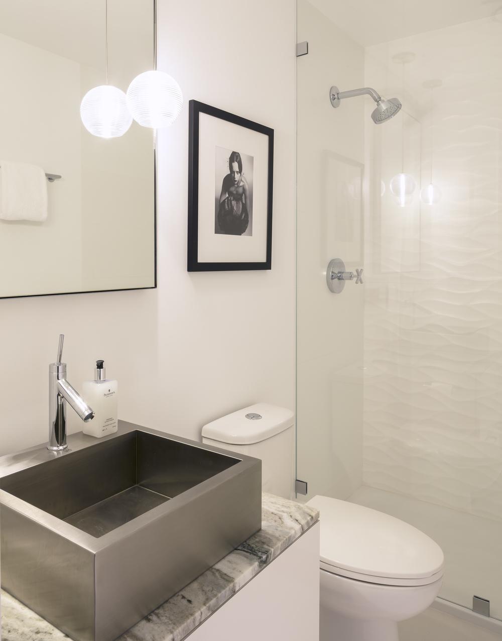 Scott_St_G_Bathroom_02.jpg
