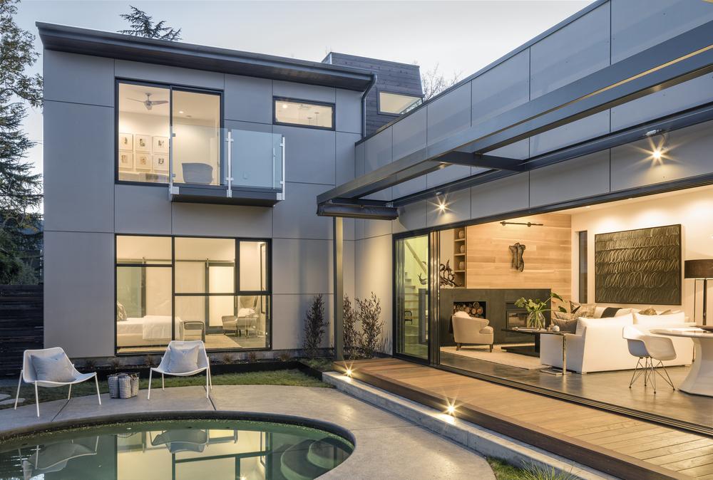 modern_home_exterior_pool_napa.jpg