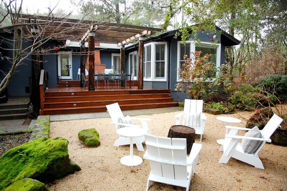 outdoor patio furniture deck moss.jpg