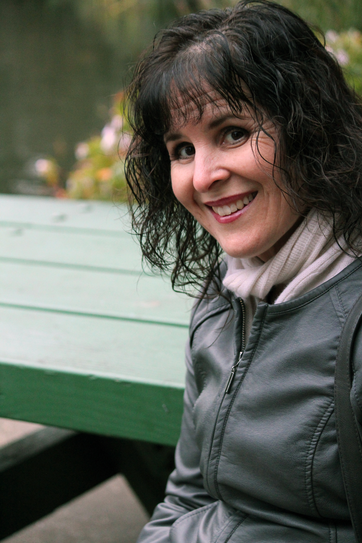 Sarah Sanders - seriblecreative.com