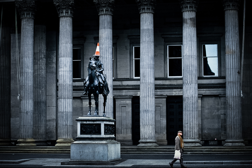 Road-cone-statue-Wellington-photographer-nz.jpg