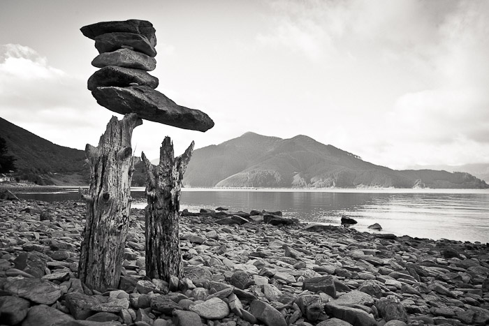 Sculpture Artwork installation on New Zealand shoreline (2)