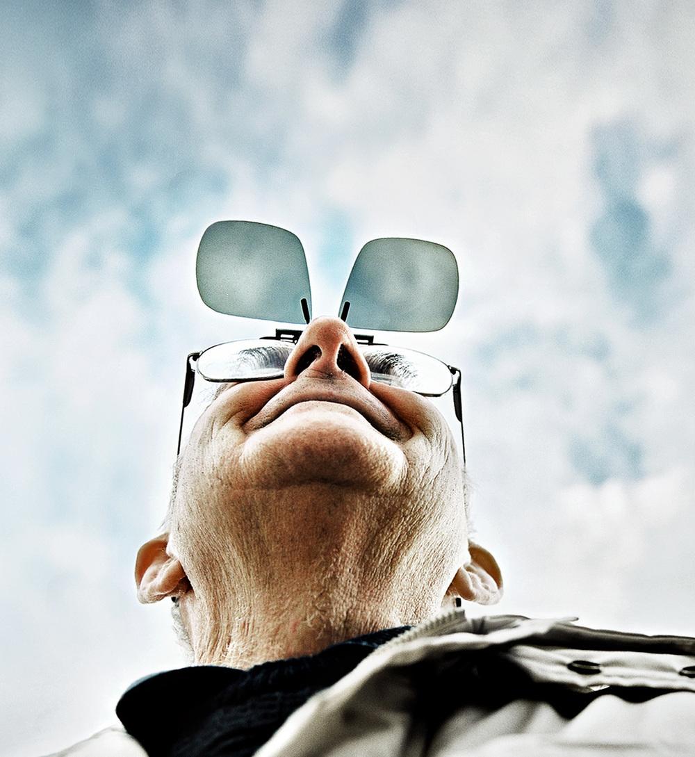 Groovy flip-up specs