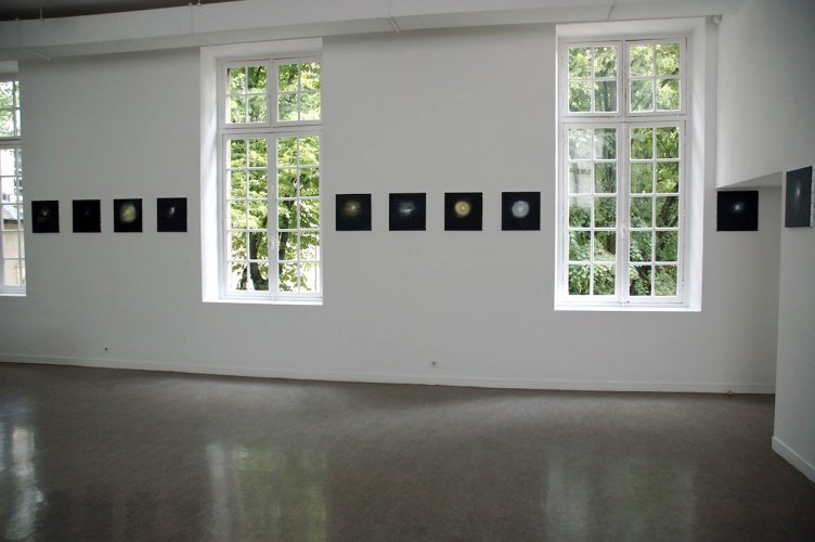 Ann Craven  Shadow's Moon  2008  Frac Champagne-Ardenne, Reims, France   Installation view