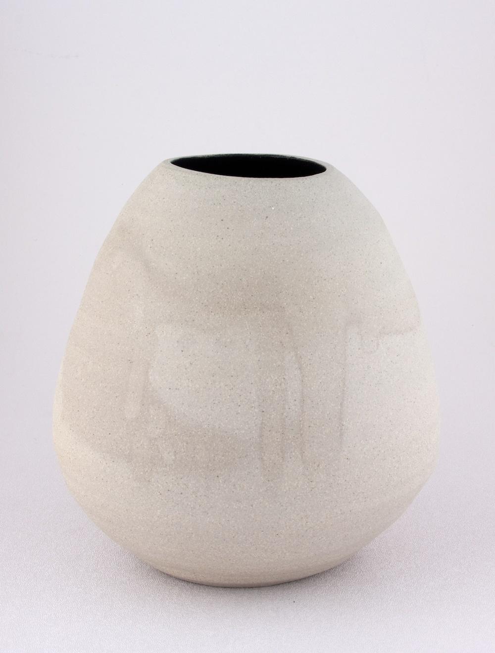 Shio Kusaka  Untitled (grey and black)  2009 Stoneware 8h x 8w in K062