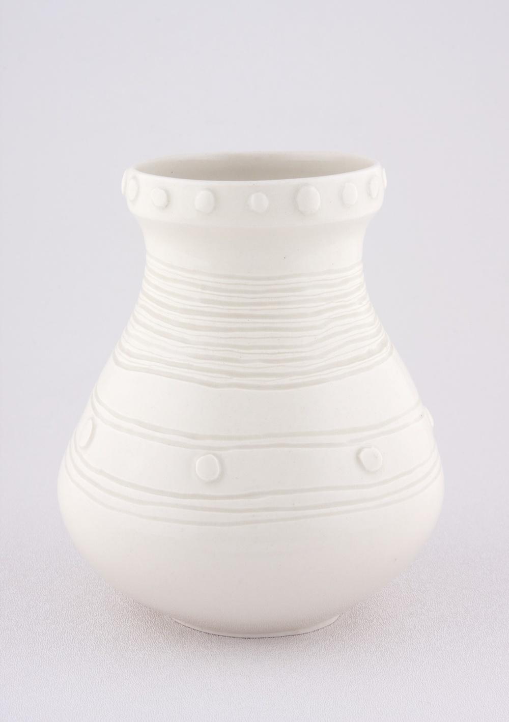 """Shio Kusaka Untitled (yayoi carving 3) 2009 Porcelain 6"""" x 5"""" x 5"""" SK056"""