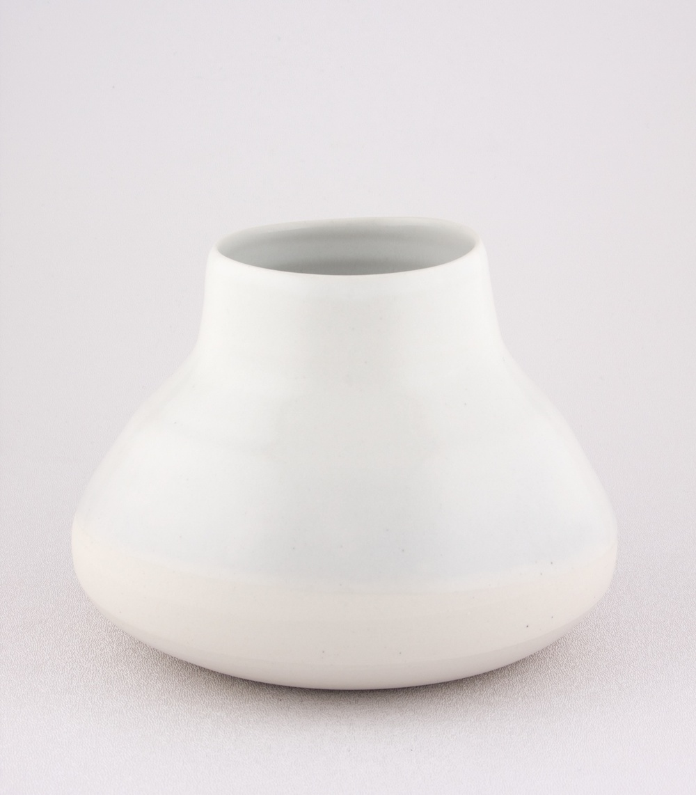 "Shio Kusaka Untitled (white on white 1) 2008 Porcelain 5"" x 7"" SK041"