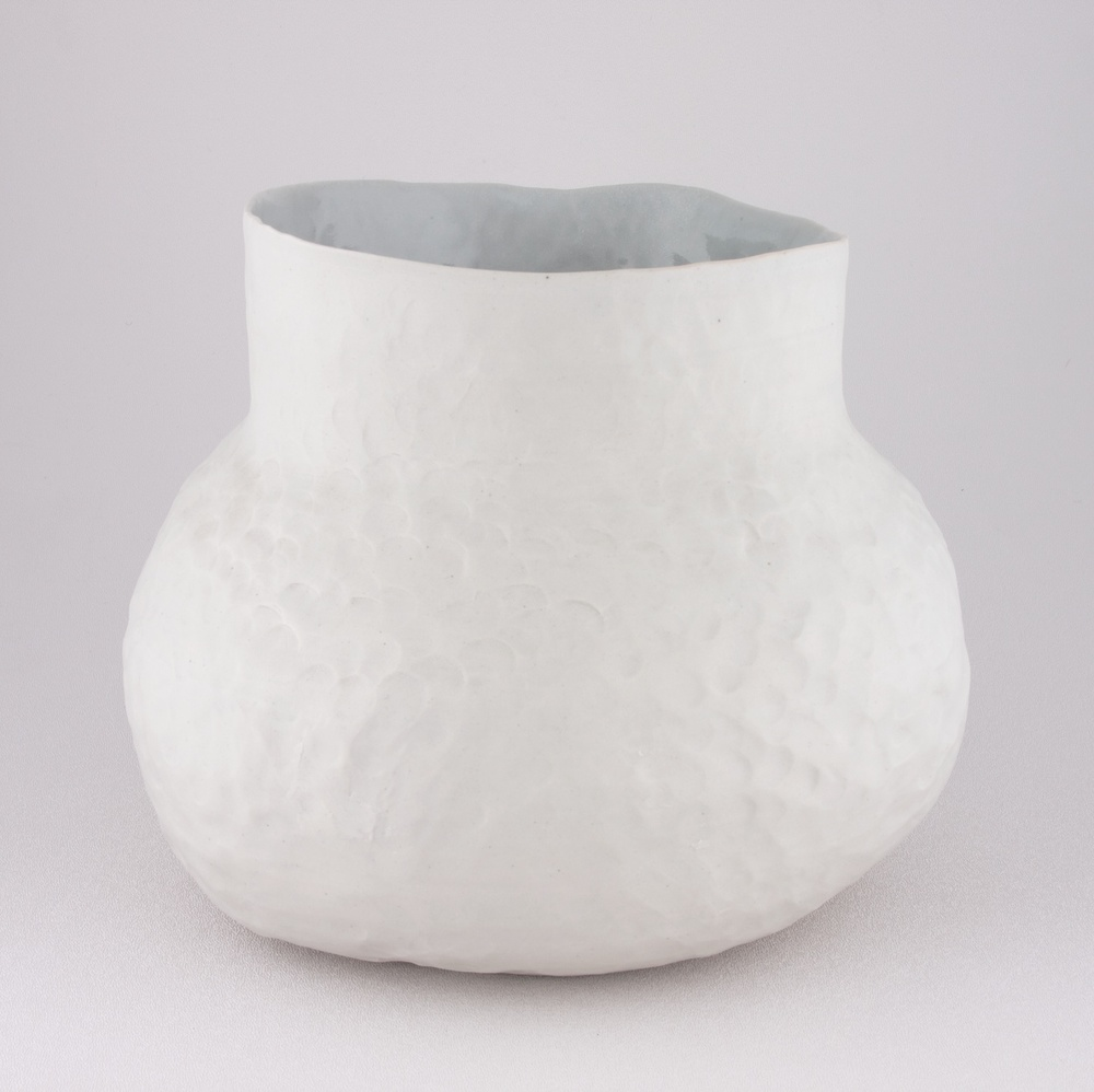 "Shio Kusaka Untitled (thrown and pinched 1) 2009 Porcelain 8"" x 9"" SK036"