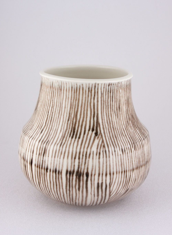 Shio Kusaka  Untitled (black stripe 1)  2009 Porcelain 6 ½h x 6 ¾w in SK034