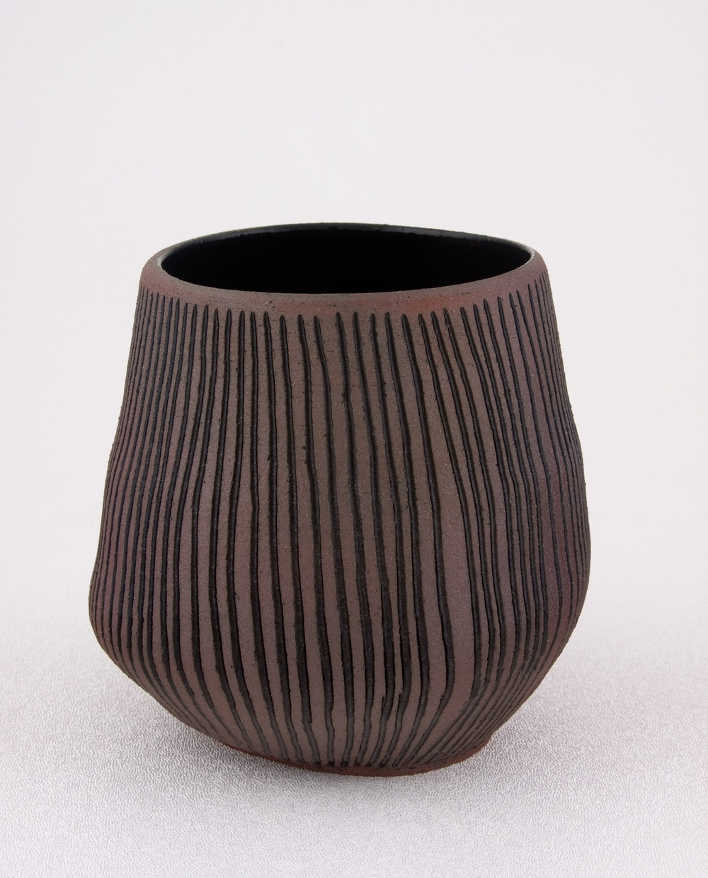 "Shio Kusaka Untitled (carved stripe 2) 2009 Stoneware 4 1/2"" x 4"" SK022"