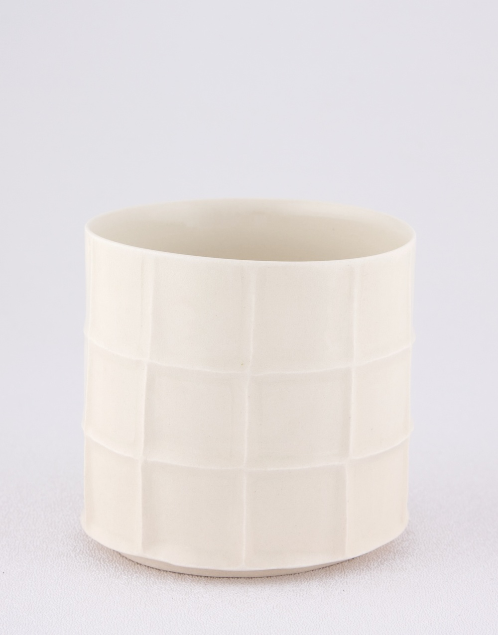 Shio Kusaka  Untitled (cup)  2009 Porcelain 3 ⅛h x 3 ¼w in SK012