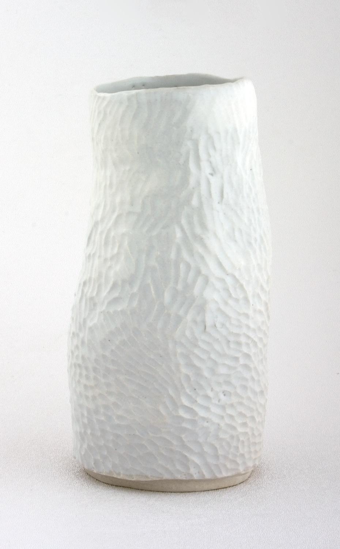 Shio Kusaka  Untitled (log)  2009 Porcelain 7h x 4w x 4d in SK002